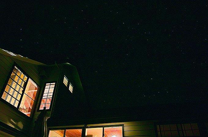 八丈島サトウダイビング夜の風景